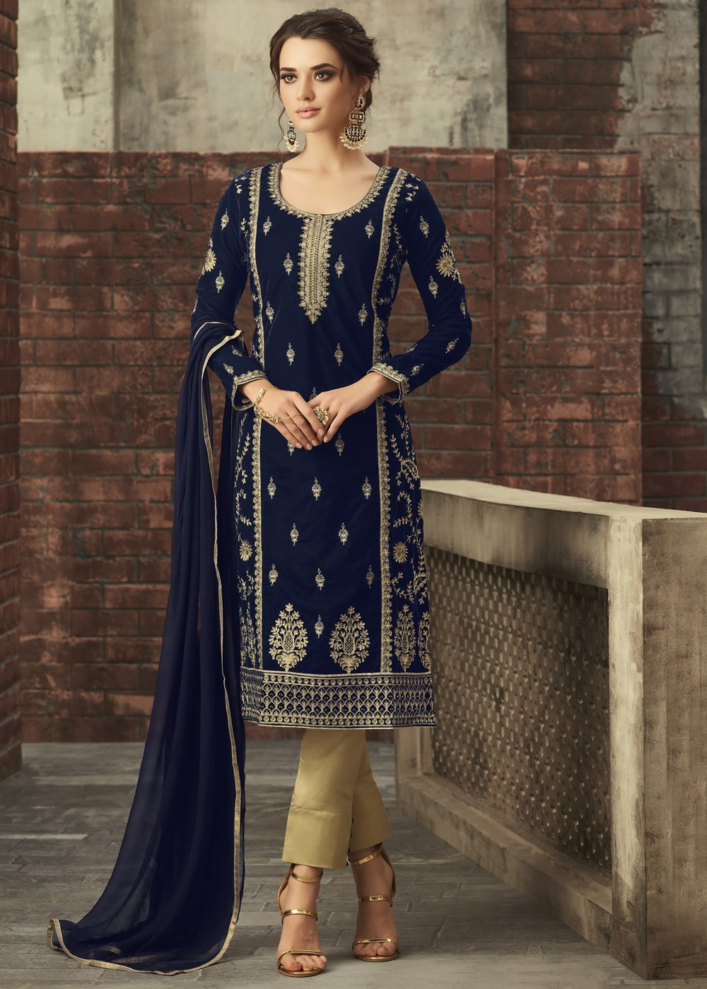 Blue Straight Cut Embroidered Pant Suit