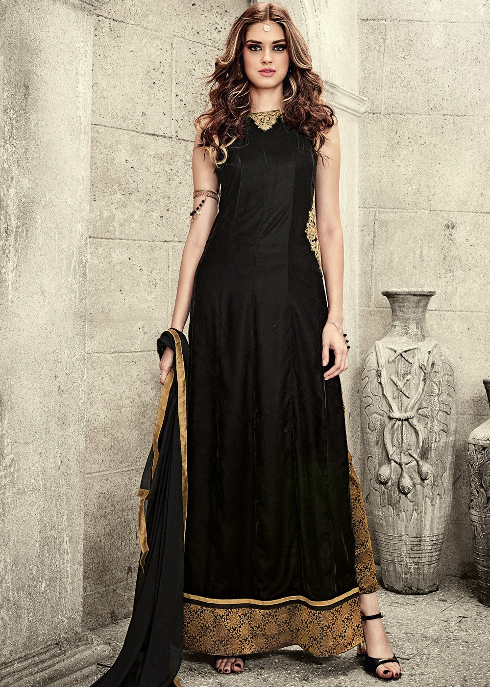 Black Velvet Pakistani Suit With Pant The Essence Of Black And Gold 1349sl06